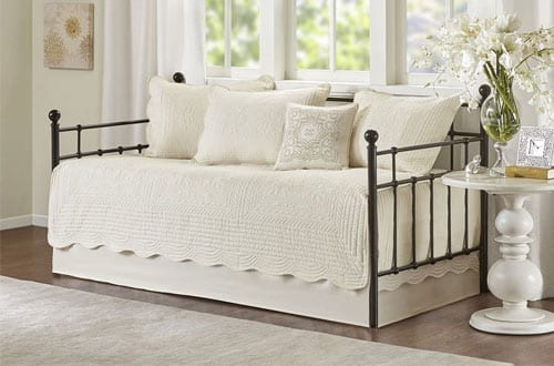 Madison Park Tuscany 6-Piece Ivory Daybed Set