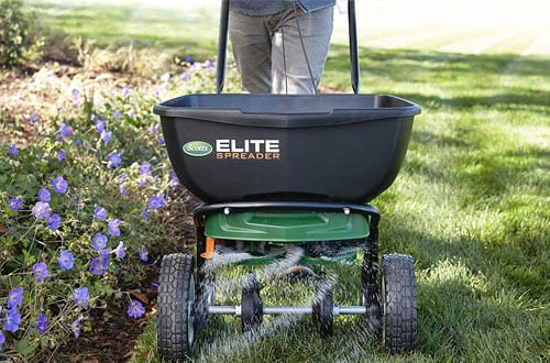 Scotts 75902 Elite Broadcast Spreader with Edgeguard