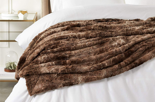 Pinzon Alpine Brown Faux Fur Throw Blanket