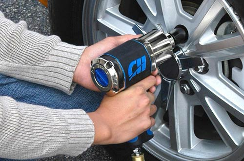 Campbell Hausfeld 1/2 Impact Wrench - Air Impact Driver
