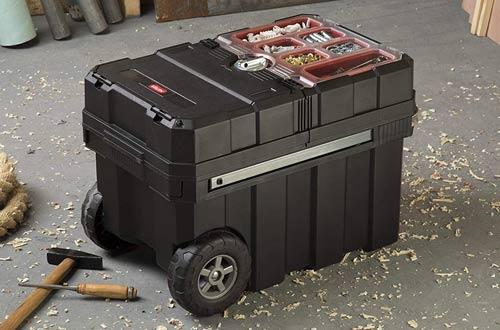 Keter Masterloader Resin Rolling Tool Box